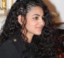 Annie Khalid  Seeks  Divorce