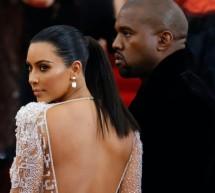 Hollywood Stars Kim Kardashian-Kanye West signed  Divorce Papers